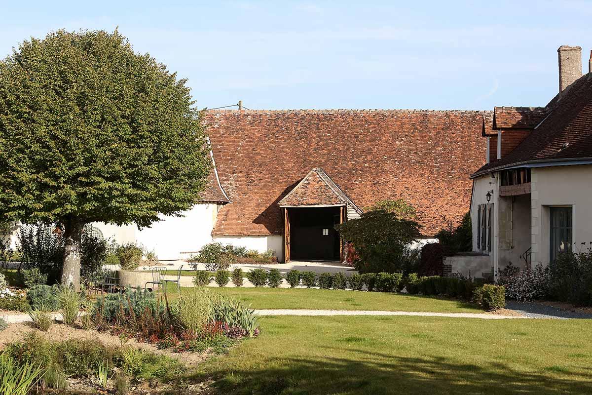 La grange des Barres, un lieu unique pour votre mariage en Touraine.